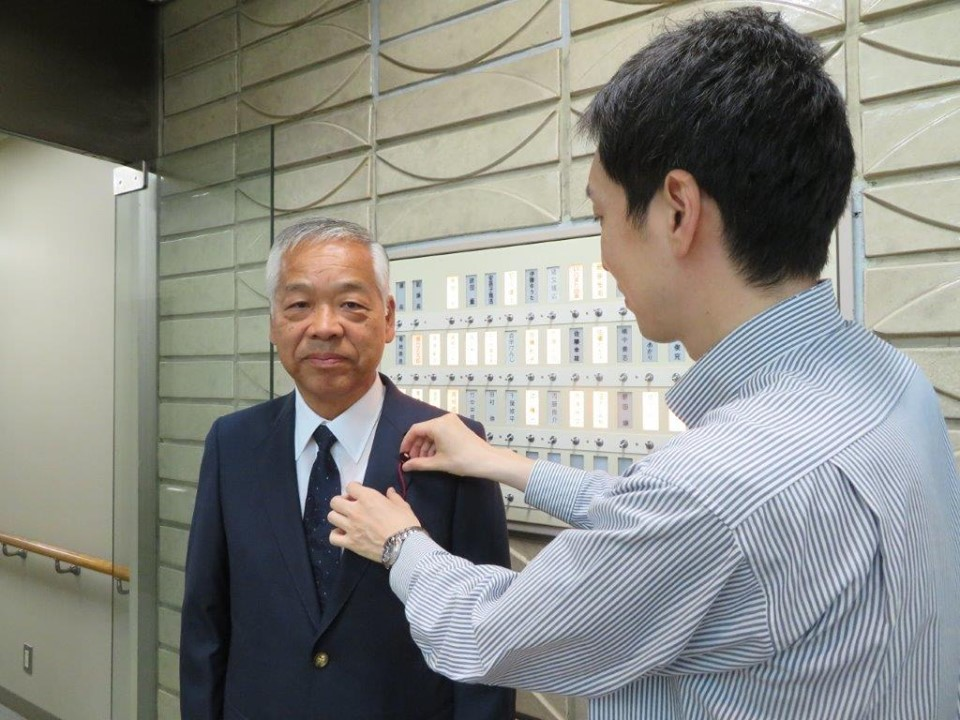8月28日、仙台市議会議員の徽章交付が行われました。7期目も皆様の為に頑張らせていただきます。