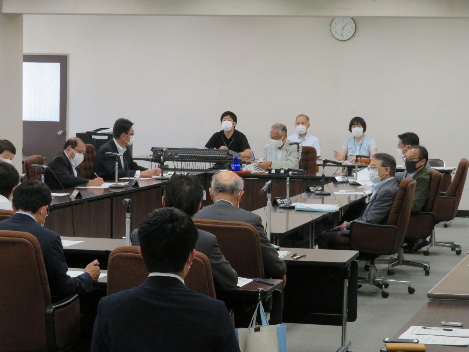 令和3年7月19日 第12回仙台市議会災害対策会議(各会派代表者会議)を開催